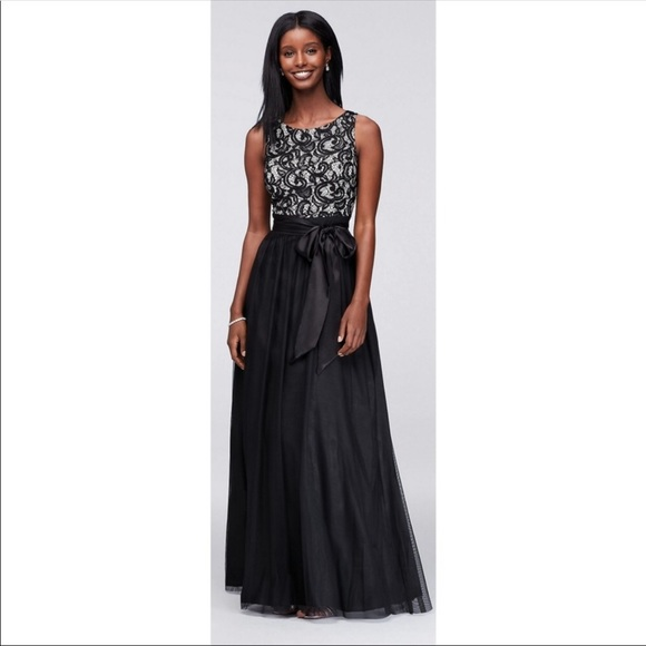 Jessica Howard Ivoryblack Lace Gown Nwt